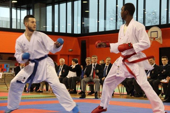 Mamoudou Mamadou à droite